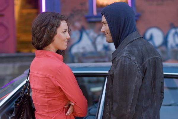 与她对戏的男主角杰森欧玛拉则说:「没错